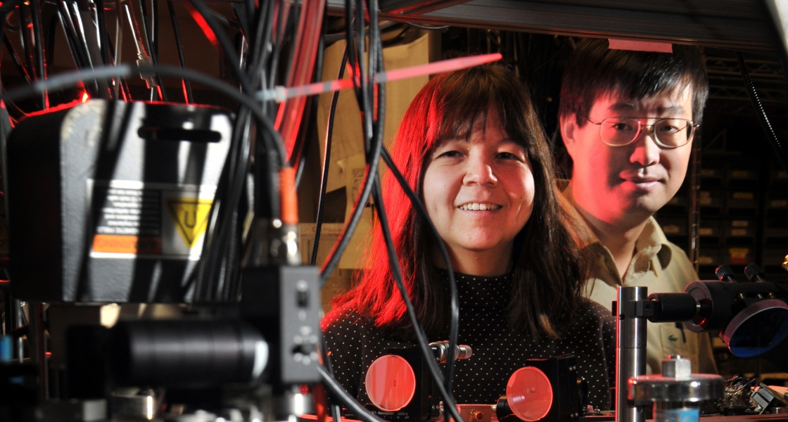 Debbie Jin & Jun Ye in the old Cold Molecule lab in 2010.