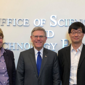 Dr. Jun Ye meets with the Office of Science and Technology in DC